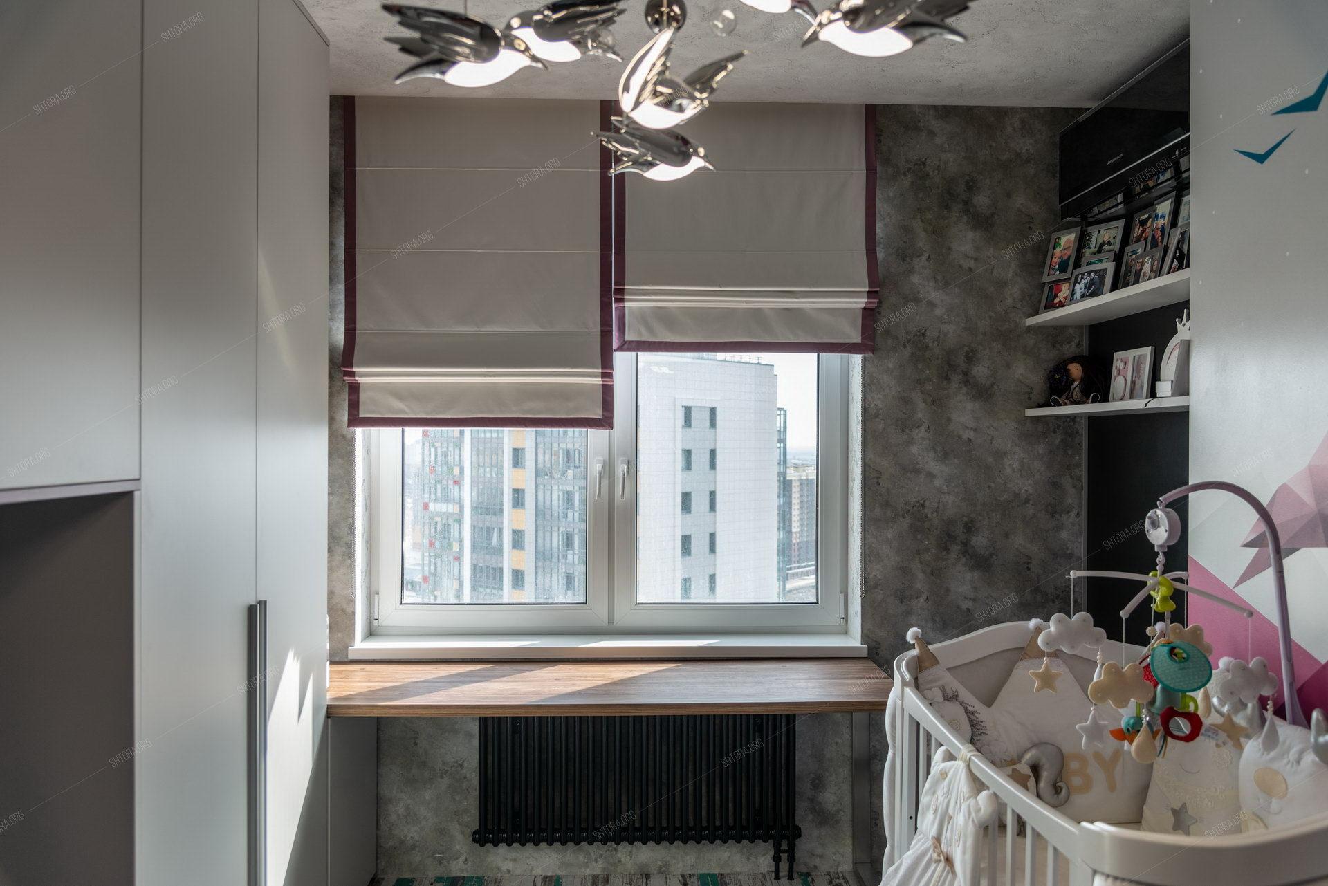 Римские шторы блэкаут в детской комнате